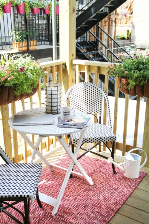 everygirl-outdoor space-bistro-4(1)