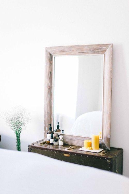 espejo y baul