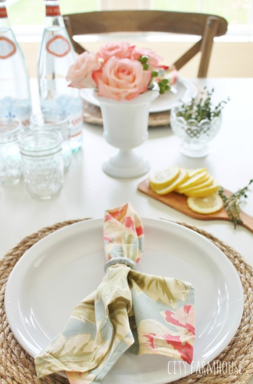 Pottery-Barn-Inspired-Jute-Placemats-Napkin-Rings