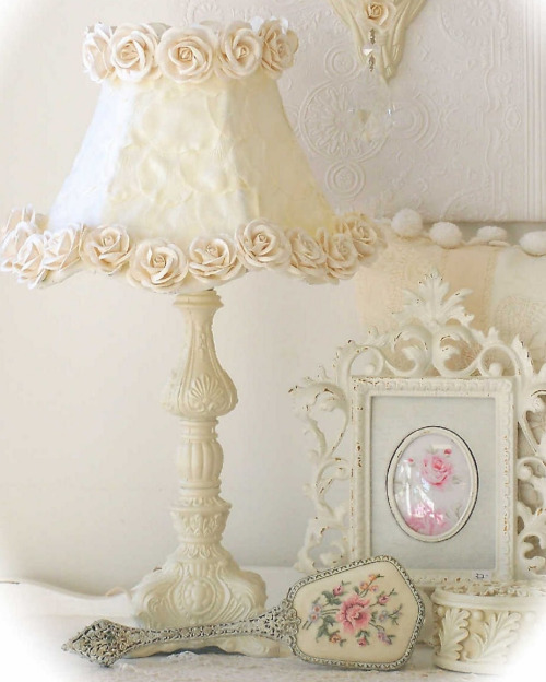 shabby chic lamp